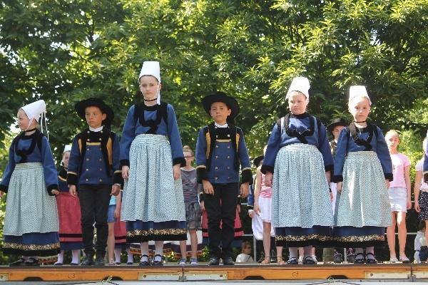 2013-Spectacle des enfants à Pluguffan